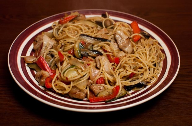 Stir-fried Pork and Pasta is a simple pasta dish recipe for a one-ring stove. (Salgu Wissmath/ The Sejong Dish)